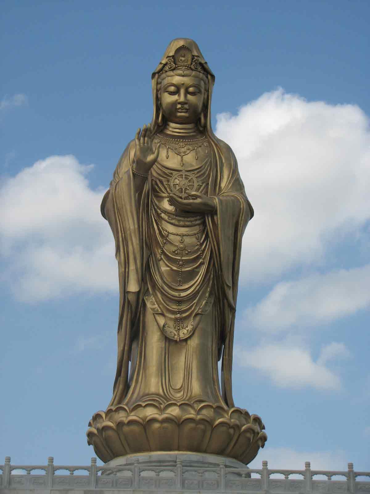 Putoshan-Qigong-study-tour-2007-simonblowqigong