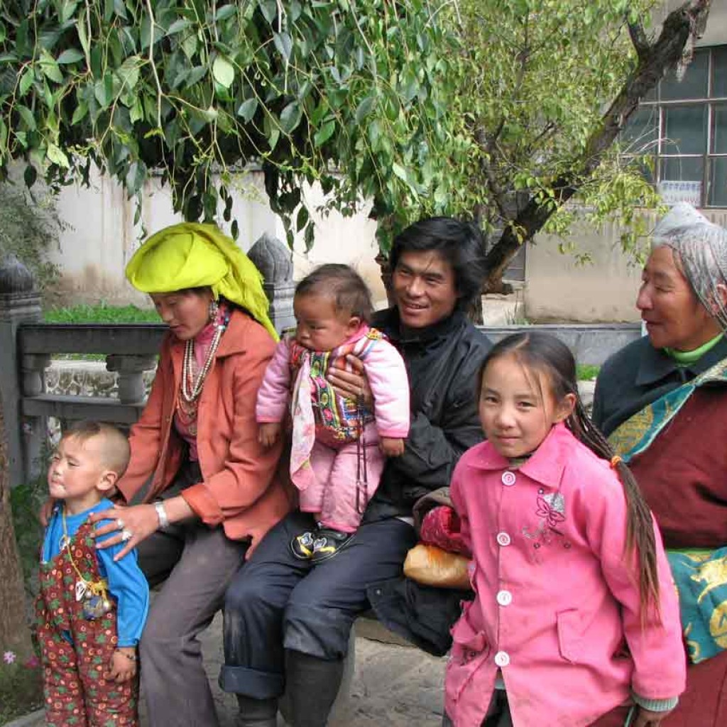 Qigong-study-tour-3-2008-simonblowqigong