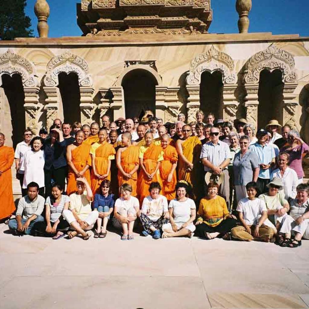 Sunnataram-Qigong-Retreat-2007-5-simonblowqigong