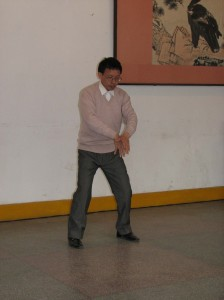 Guigen-Qigong-Dr-Xu-Qigong-Study-Tour-2007-3-simonblowqigong.com