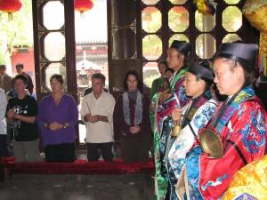 Initiation-ceremony-2007-Qigong-study-tour0simonblowqigong.com