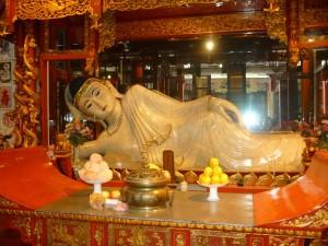 Jade-buddha-Shanghai-Qigong-study-tour-simonblowqigong.com
