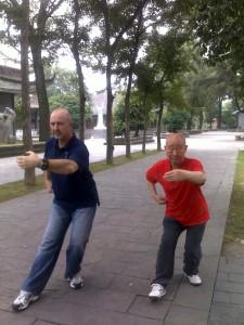 Master-Chen-Simon-Blow-Wuhan-2010-simonblowqigong.com