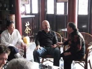 Master-Chengzhen-Simon-Blow-2007-2-Qigong-study-tour-simonblowqigong.com
