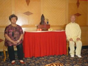 Master-Madame-Chen-Simon-Blow-Initiation-ceremony-2012-simonblowqigong.com