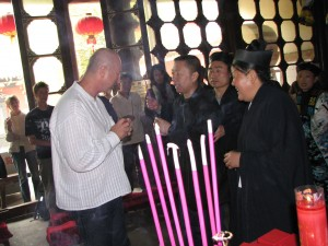 Simon-Blow-initiation-ceremony-2007-4-Changchun-Daosit-temple-Wuhan-Simonblowqigong.com