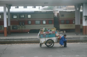 Train-2009-Qigong-study-tour-simonblowqigong.com