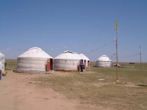 Yurt-Qigong-study-tour-2002-simonblowqigong.com