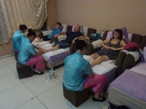 foot-massage-Beijing-dayangong-study-tour-simonblowqigong.com