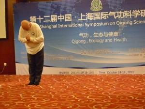 Qigong-Conference-Shangahi-2013-Dayangong-simonblowqigong.com