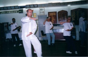 Taijiquan-demonstration-1998-simonblowqigong.com