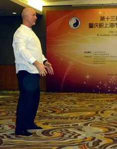 Simon-Blow-Shanghai-Qigong-Institute-Conference-2015-3-simonblowqigong.com