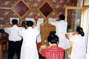 Guigen-Qigong-Xiyuan-Hospital-Beijing-2004-simonblowqigong